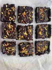 Chevdo brownie