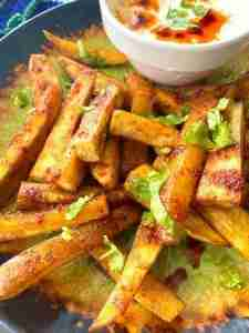 Sweet and sour baked sweet potato chips