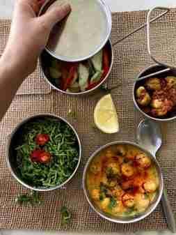 Spinach rice with makhana kadhi