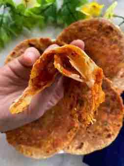 Satpadi rotli – Indian flatbread with 7 layers